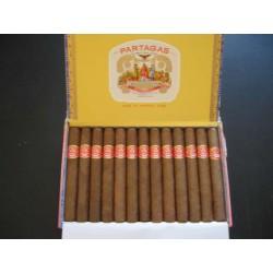 1 BOITE DE 25 CIGARES CUBAINS (mille fleurs de PARTAGAS)