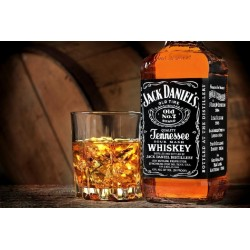 JACK DANIELS TENNESSEE WHISKEY 0.7L