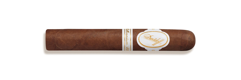cigare Millennium Blend Robusto