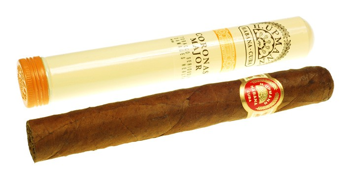 1 BOITE DE 25 CIGARES H. UPMANN CORONA MAJOR